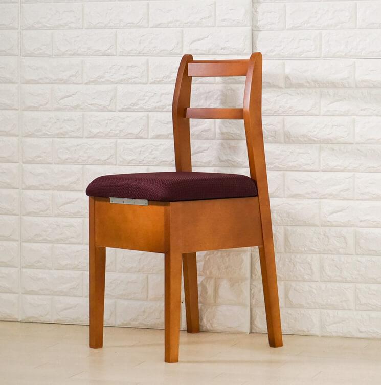 日本製の椅子