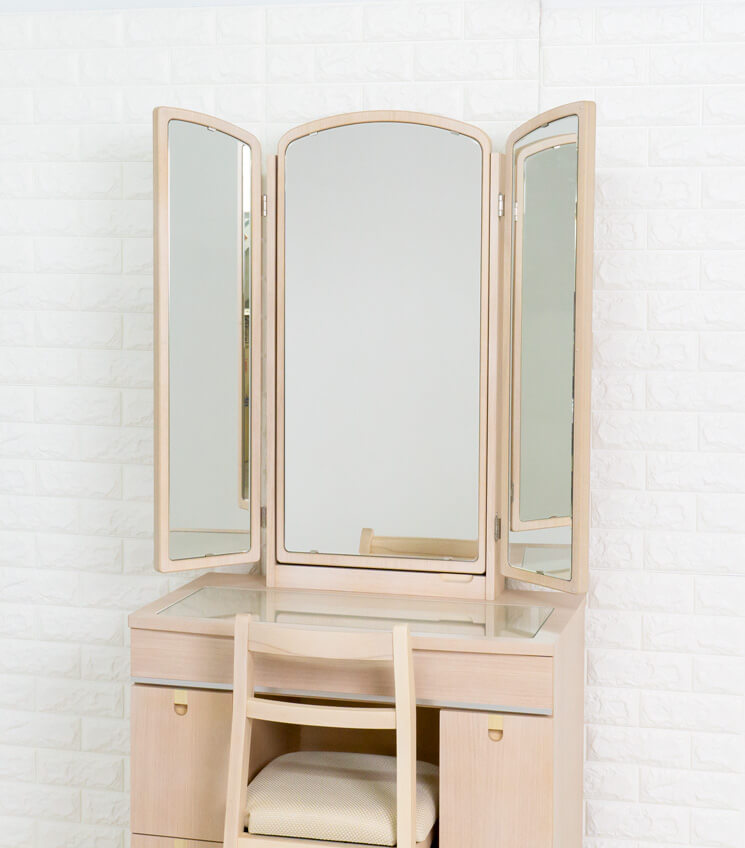 162cmの大きな鏡