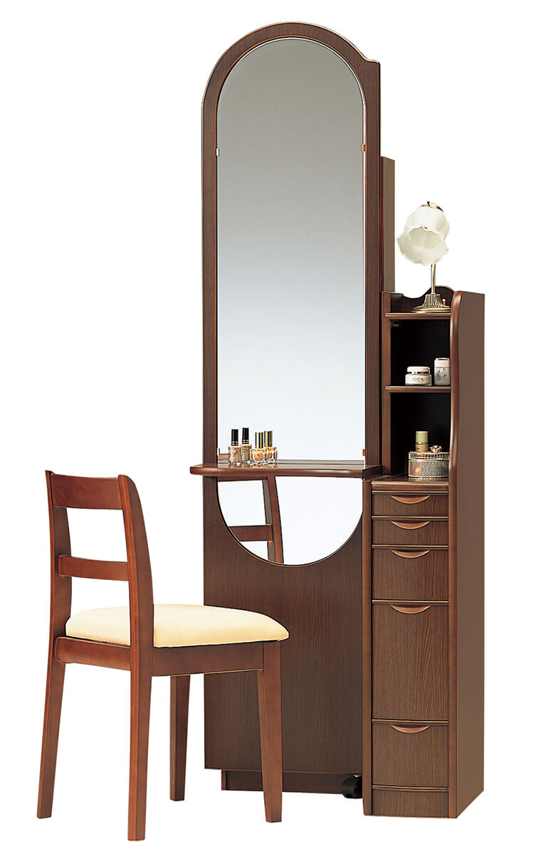 大きな鏡の化粧台